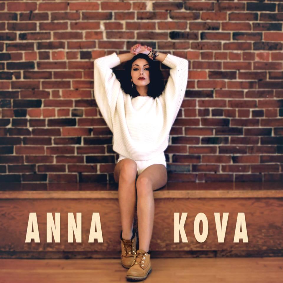 Anna Kova 2