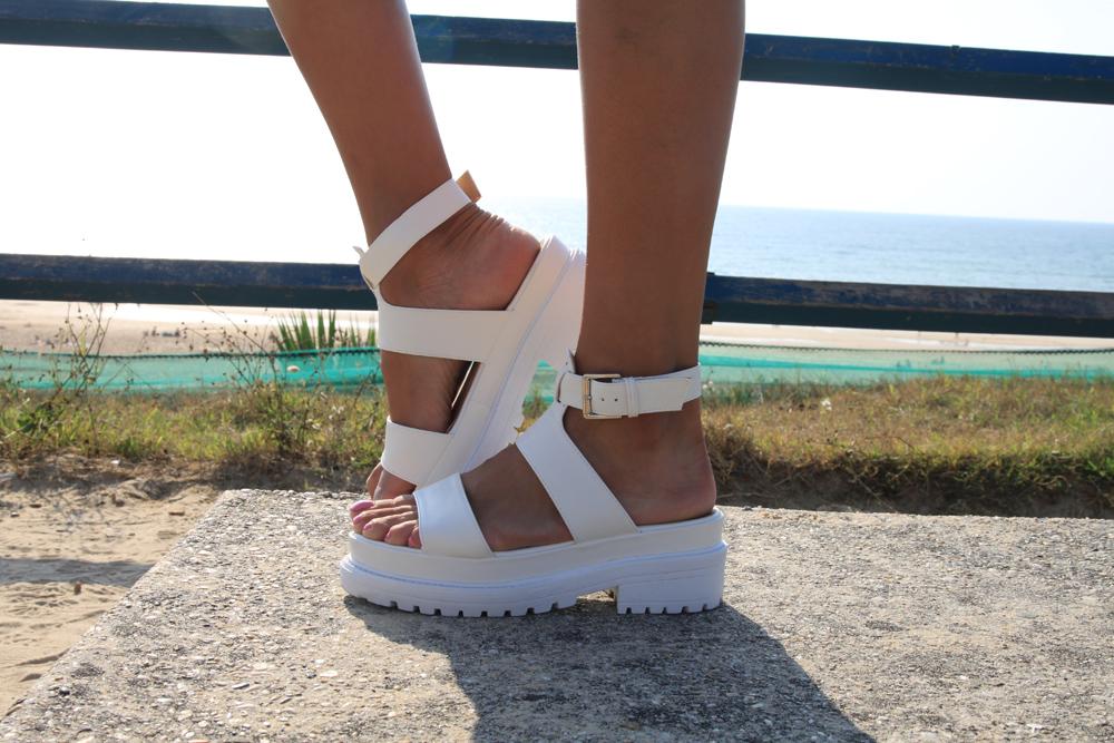 Sandals blanche