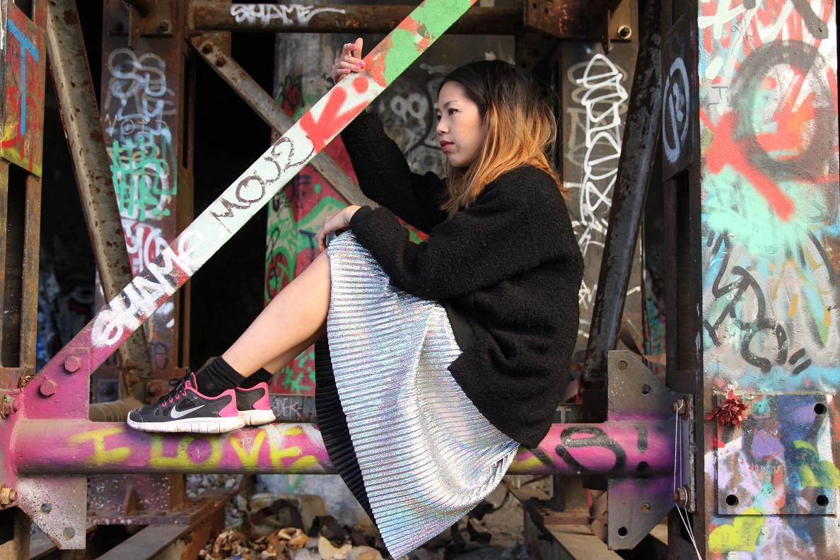 Monki Glitter Skirt 2